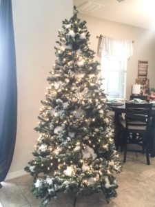 how to decorate your home like a pro how to decorate a christmas tree like a pro 13713
